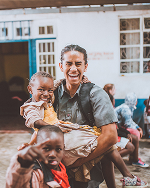 Benjamin Le in Kenya serving at Made in the Streets