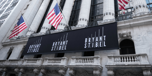 Image of Bryant Stibel banner outside of Wallstreet building