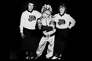 "1952 to 1972 ""Willie the Wave"" Mascot - Pepperdine Magazine"