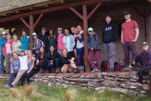 Summer Undergraduate Research in Biology and First-year Students as Scholars - Pepperdine Magazine