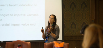 Dr. Luisa Blanco Presents Research Educational Intervention to Promote Retirement Planning Among Hispanic Women