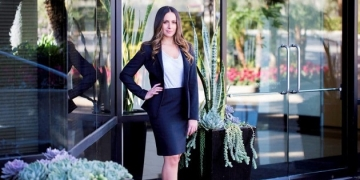 Caitlyn Peskind (JD '12) Featured in Vanguard Law Magazine