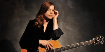 Musical Artist Carrie Newcomer to Perform at Pepperdine