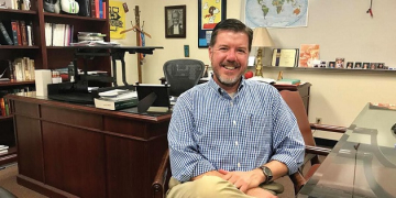 Professor Jeff Baker and Community Justice Clinic Featured in Malibu Times