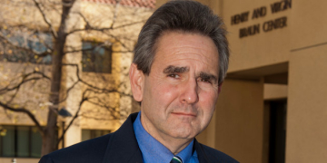 Dr. Kaufman Brings Conservative Viewpoint to CU Boulder