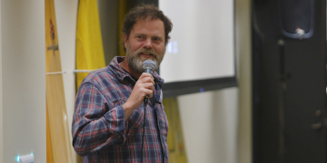 Actor Rainn Wilson Explores Baha'i Faith at Pepperdine