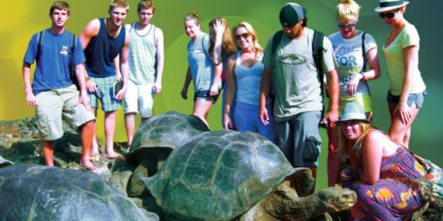 Seaver College students in Galapagos Islands - Pepperdine Magazine